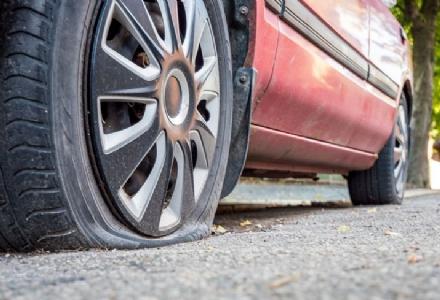 NICHELINO - Torna la banda del furto con la truffa della gomma bucata