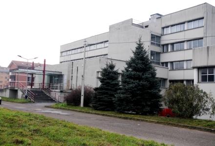 FURTI A SCUOLA - A Orbassano e Bruino ladri prendono di mira il liceo e la scuola media