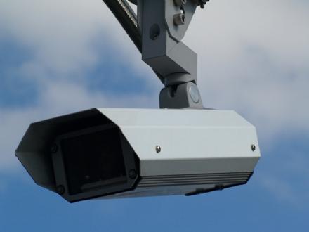 VINOVO - Le telecamere pizzicano baby vandali a Garino