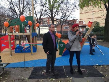 NICHELINO - I bambini hanno uno spazio nuovo dove giocare al quartiere Crociera