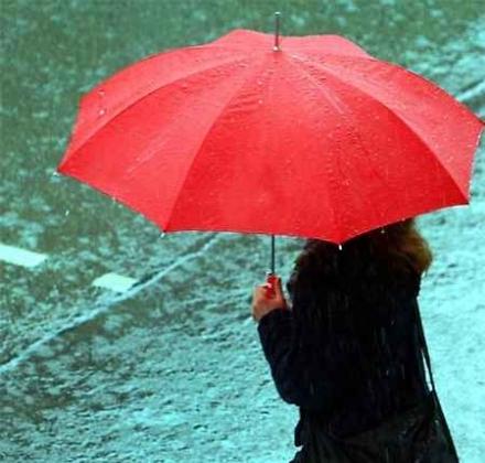 METEO - Da domani arrivano le piogge, attese da quasi due mesi