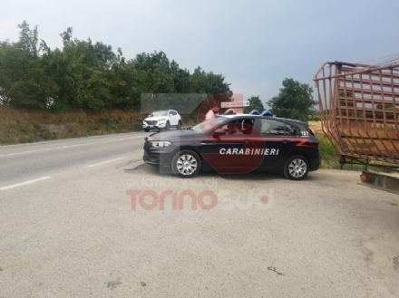 OMICIDIO A CARMAGNOLA - Titolare di un agriturismo uccide dipendente con un coltello: fermato dai carabinieri - FOTO