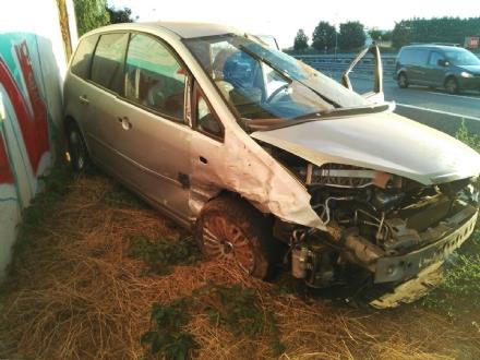 ORBASSANO - Scontro frontale sulla Torino-Pinerolo: grave un automobilista orbassanese