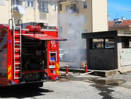 ORBASSANO - A fuoco garage sotterraneo in piazza Lombardi: inagibile parte della struttura