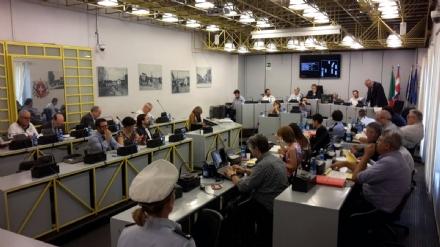 MONCALIERI - In Consiglio la spaccatura definitiva tra i Moderati e il sindaco