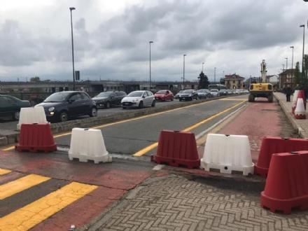 MONCALIERI - Il ponte di via Martiri parzialmente chiuso per ragioni di sicurezza
