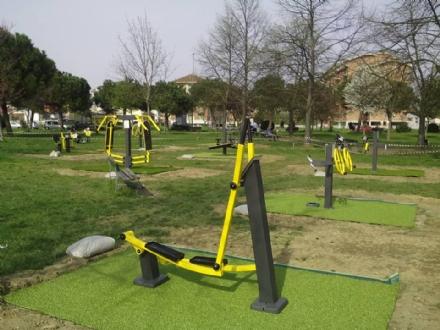 NICHELINO - Nascono le palestre a cielo aperto in tre parchi cittadini: Boschetto, via Milano e via Trento