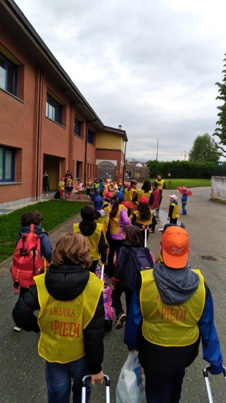 RIVALTA - Nella frazione di Pasta si va a scuola con il Pedibus