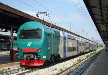 TROFARELLO - Guasto a un passaggio a livello, treni in ritardo sulla tratta per Chieri