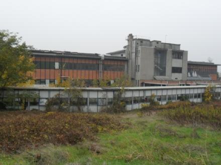 MONCALIERI - Niente da fare per il nuovo progetto di riqualificazione dellex Dea, proposto in consiglio comunale