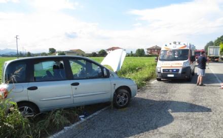 ORBASSANO - Scontro in strada Volvera: due feriti e strada chiusa