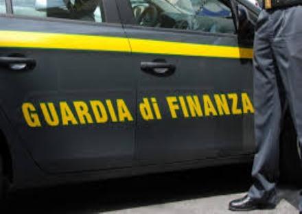 LA LOGGIA - SEQUESTRATI DALLA GUARDIA DI FINANZA MATERIALE CINESE PERICOLOSO PER I BAMBINI