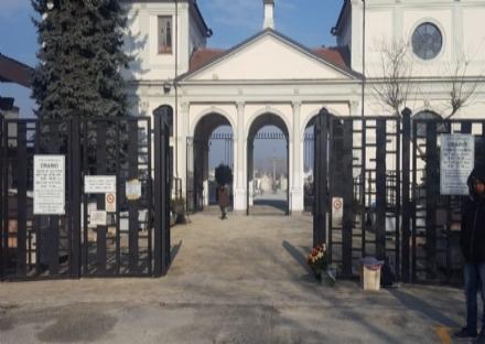 CARMAGNOLA - Ladri e vandali al cimitero: tombe prese di mira nel fine settimana