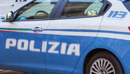 MONCALIERI - Rubavano borsette e cellulari fuori dai centri commerciali: arrestati