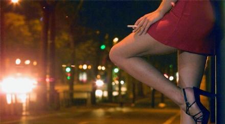 NICHELINO - Nellelenco dei multati per il decreto covid finisce anche una prostituta