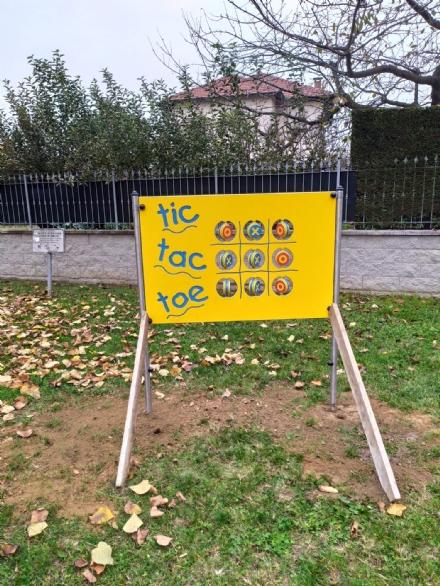 CANDIOLO - Un nuovo gioco per i bambini, con i soldi raccolti in memoria del nonno vigile