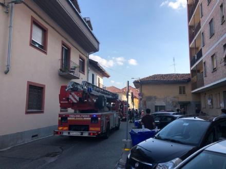 CARIGNANO - Si incendia un materasso in un alloggio: paura in via Braida