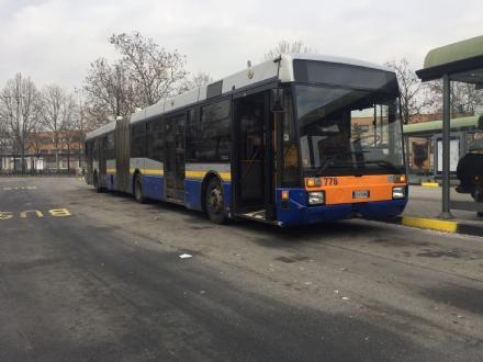 BEINASCO - Un fondo per aiutare gli studenti a pagare labbonamento dellautobus