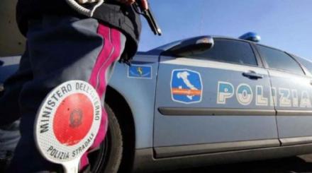 SICUREZZA - La polizia stradale, nel 2017, ha tolto 179mila punti sulle patenti