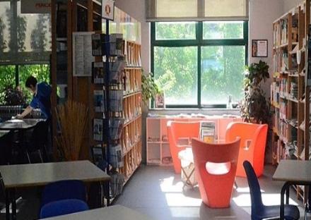 NICHELINO - Un angolo per allattare e cambiare i neonati in biblioteca