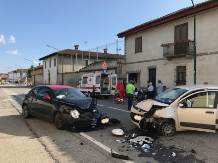 VIRLE - Ha un malore mentre guida e si schianta contro unaltra auto