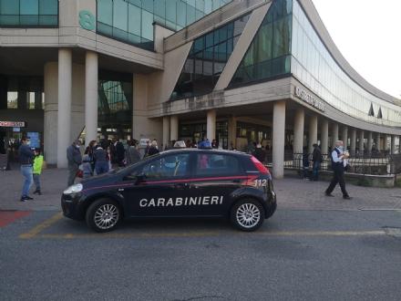 MONCALIERI - Ancora caos allAsl per i tamponi pediatrici: arrivano i carabinieri