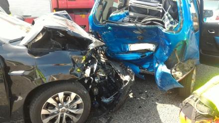 ORBASSANO - Incidente stradale sulla tangenziale di Torino: quattro feriti. Grave una donna disabile - FOTO