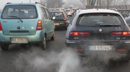 SMOG - Non si abbassa il tasso di polveri sottili: stop alle Euro 5 diesel vecchie di sette anni