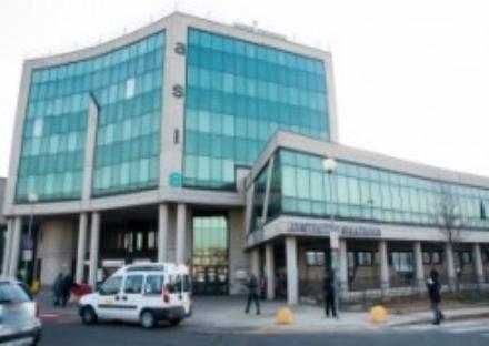 MONCALIERI - Niente vaccini allAsl e una mamma chiama i carabinieri