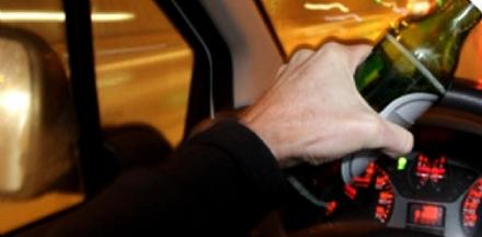RIVALTA - Provoca un incidente stradale: aveva un tasso alcolemico di oltre tre volte il consentito