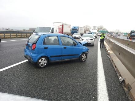 RIVALTA - Raffica di incidenti in tangenziale: 5 automobilisti in ospedale - LE FOTO