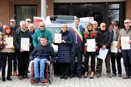BEINASCO - Consegnato il nuovo Doblò per il trasporto di persone disagiate