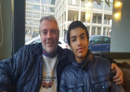 MONCALIERI - Riparte dal Luxemburg di Torino il ragazzino che vendeva le merendine al Pininfarina