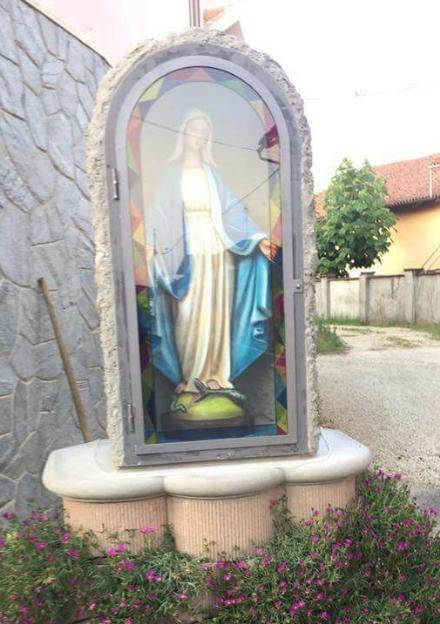 LOMBRIASCO - Il paese scende in strada per la messa della benedizione della Madonna