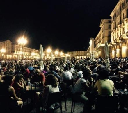 MONCALIERI - Studente 18enne rapinato a Torino: tre banditi gli hanno strappato la catenina del collo