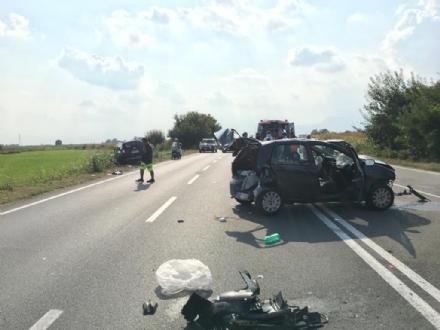 ORBASSANO - Incidente in circonvallazione esterna: sette feriti