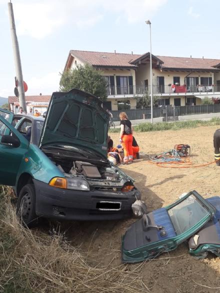 MONCALIERI - Si schianta in strada Marsè: un ferito. Polemiche dei residenti