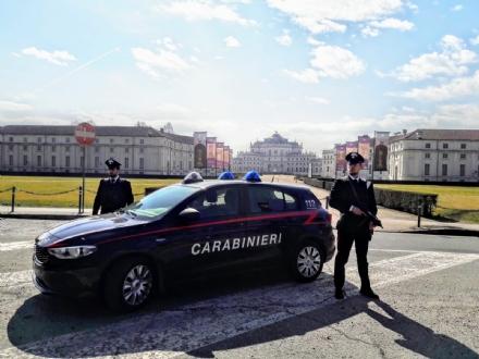 NICHELINO - Mercato del sesso a Stupinigi: due prostitute albanesi arrestate dai carabinieri