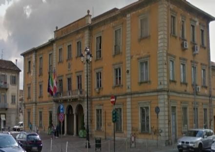 NICHELINO - Dopo lo stipendio, il Comune paga anche le tredicesime ai lavoratori della ditta di pulizie