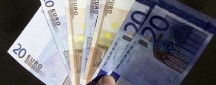 MONCALIERI - Faceva shopping con banconote false: arrestato