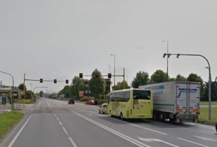 ORBASSANO - Il vista red di strada Torino fuori uso da un mese