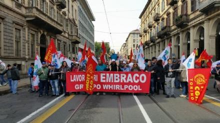 NICHELINO - Per i lavoratori Embraco si apre una piccola speranza