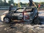 NICHELINO - Grave incidente in tangenziale: quattro feriti, unauto a fuoco - immagine 13
