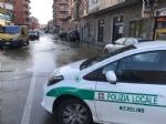 NICHELINO - Si rompe una tubatura in via Martiri: strade allagate e rubinetti a secco - immagine 1