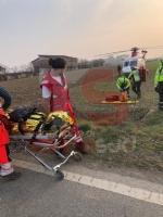 PIOBESI - Perde il controllo dellauto sulla provinciale 142: donna di 63 anni grave al Cto - immagine 1