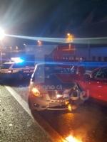 TANGENZIALE DI TORINO - Grave doppio incidente nella notte: auto impazzita travolge tre persone - FOTO - immagine 1