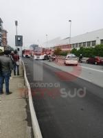 BEINASCO - Prende fuoco un autobus di linea: lautista blocca il mezzo e salva i passeggeri  - FOTO - immagine 3
