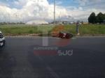 TRAGEDIA A NICHELINO - Incidente stradale: morto un uomo alla rotonda di Mondo Juve - FOTO - immagine 1