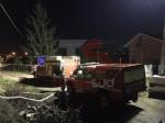 MONCALIERI - Vigili del fuoco e operatori comunali al lavoro per prosciugare gli ultimi residui dacqua - immagine 2