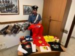 NICHELINO - In un alloggio spuntano magliette della Ferrari rubate: tre nomadi denunciati dai carabinieri - immagine 1